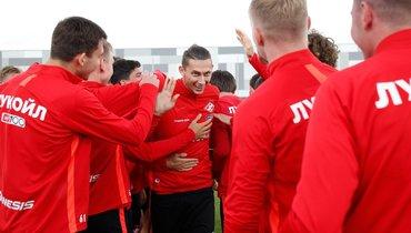 Футболисты «Спартака» возобновили тренировки