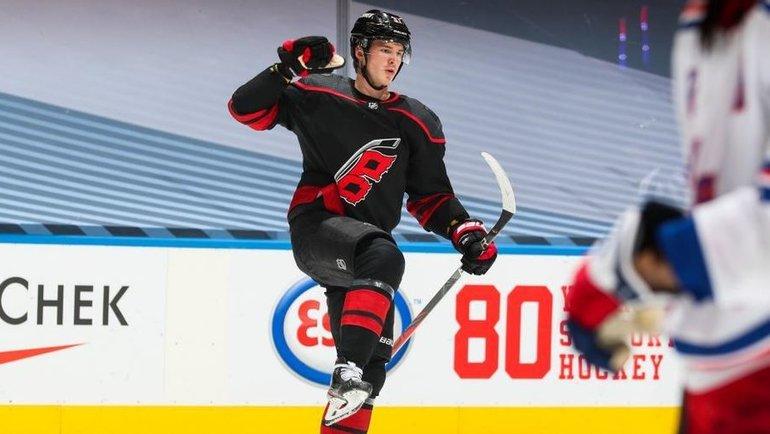 3августа. Торонто. «Каролина»— «Рейнджерс»— 4:1. Андрей Свечников. Фото Пресс-служба НХЛ