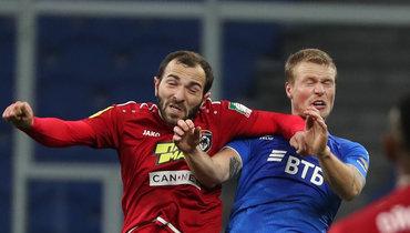 Георгий Мелкадзе (слева) всезоне-2019/20 играл направах аренды в «Тамбове». Иновый, весьма вероятно, проведет не в «Спартаке».