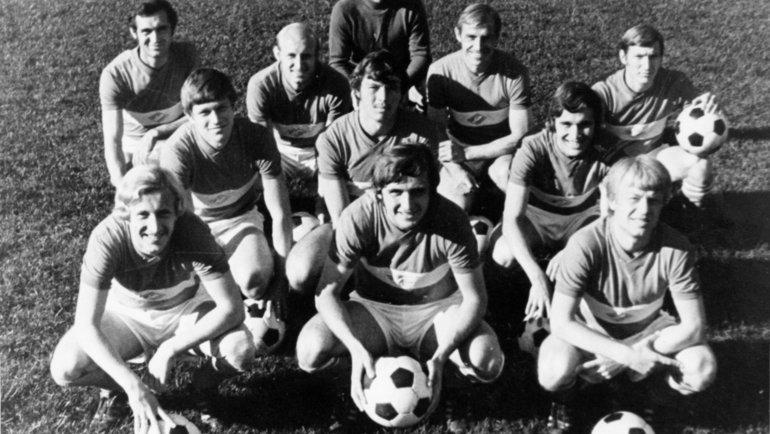 1974 год. Командное фото «Спартака». Михаил Булгаков— справа впервом ряду. Фото изархива Пискарева