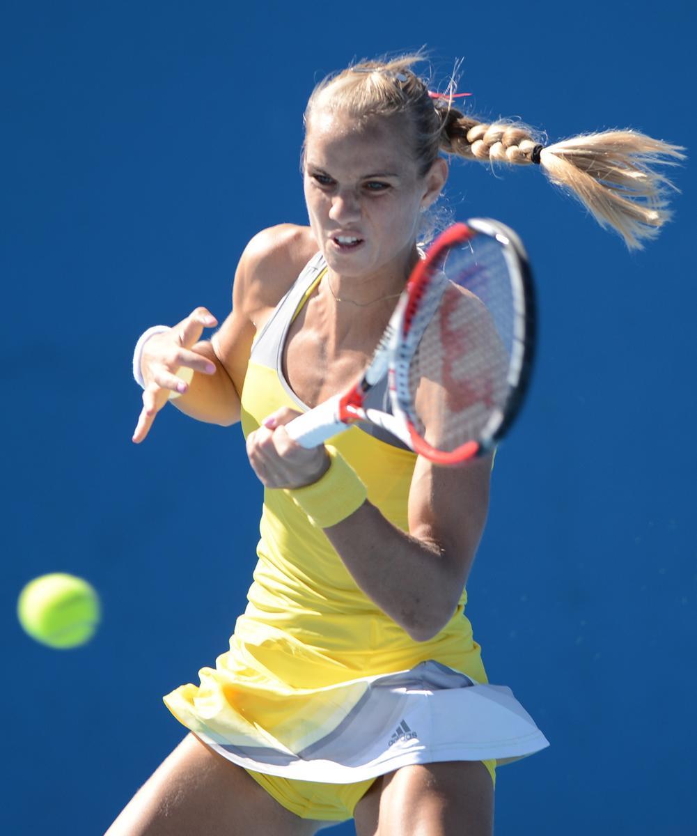 tennis-pikantnoe-video-vsya-erotika-zhenshin-golih-i-modeley