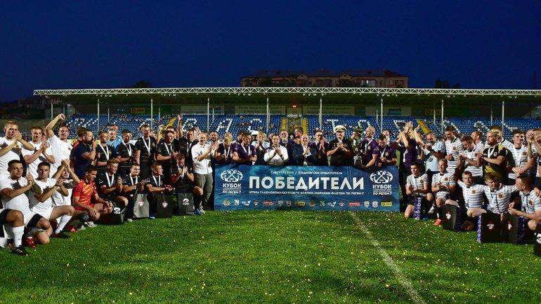 Севастопольский турнир только вначале пути, ноуже стал доброй традицией иполюбился морякам. Фото Пресс-служба Федерации регби России