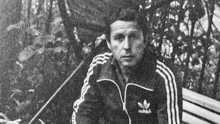 Юрий Ряшенцев натеннисном корте. Фото Фото изархива Юрия Ряшенцева