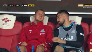 Баринов вернулся наскамейку запасных «Локомотива» накостылях. Иснова заплакал