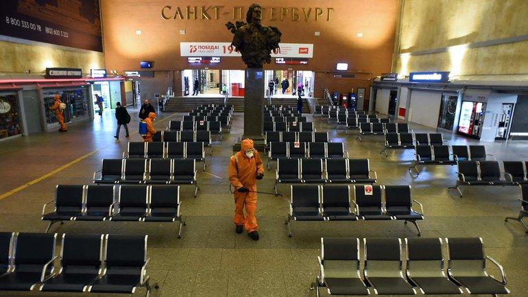 ВСанкт-Петербурге действие ограничений из-за коронавируса продлили до20сентября. Фото AFP