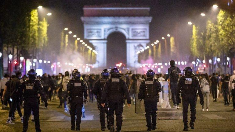 Беспорядки вПариже. Фото Reuters
