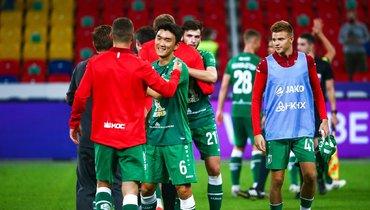 Полузащитник «Рубина» Хван ИнБом (№6)— один излучших матче с «Уфой».