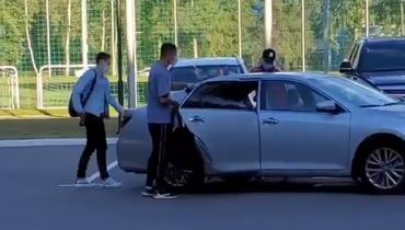 Свободные агенты Нойштедтер иКузяев прибыли врасположение сборной России