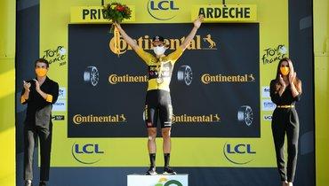 Ван Арт выиграл пятый этап «Тур деФранс», Йейтс получил желтую майку