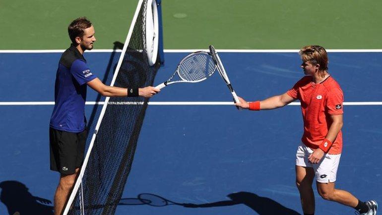 Медведев иРублев запрыгнули вовторую неделюUS Open без Хачанова