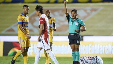Бывший игрок «Спартака» Кариока схватил удаление всередине первого тайма вчемпионате Мексики
