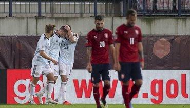 Чехия проиграла Шотландии составом издебютантов, собранных задень доматча