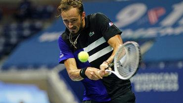 «Что ясегодня сделал?» Медведев— оконфликте ссудьей вполуфиналеUS Open