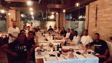 Миранчук показал фото командного ужина с «Аталантой»