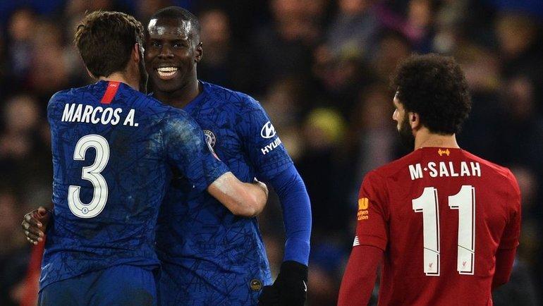 «Челси» vs «Ливерпуль»: Маркос Алонсо, Курт Зума vsМохамед Салах. Фото AFP