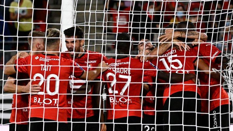 19сентября. Ренн. «Ренн»— «Монако»— 2:1. Игроки «Ренна» празднуют забитый мяч. Фото AFP