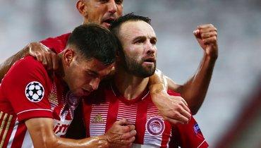 Гол Вальбуэна помог «Олимпиакосу» победить «Омонию», «Мольде» и «Ференцварош» сыграли вничью