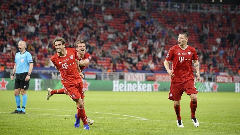 Будапешт. Суперкубок УЕФА. «Бавария»— «Севилья»— 2:1. Мюнхенцы радуются победному мячу. Фото ФК «Бавария»