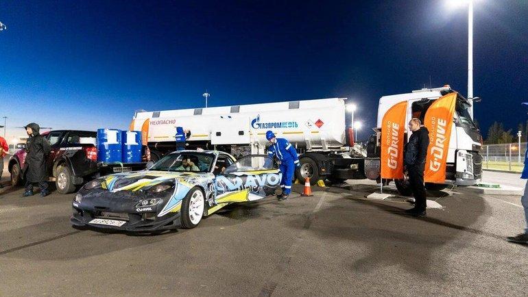 Участники фестиваля заправлялись топливом G-Drive, которое испытывается командой G-Drive Racing втестовых заездах.