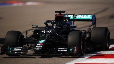 В «Формуле-1» засуживают Хэмилтона? Или все-таки наоборот?