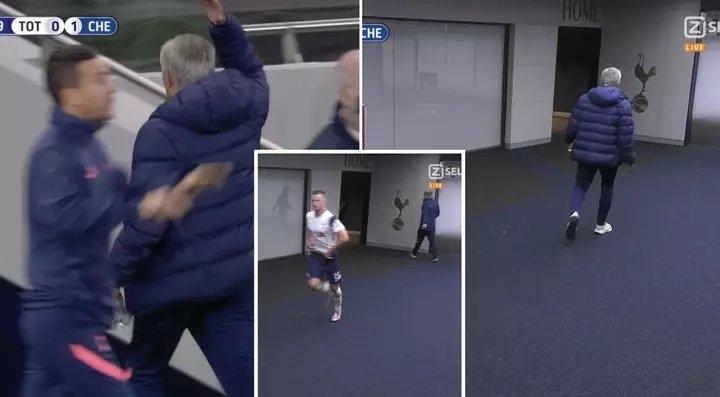 Эрик Дайер убежал враздевалку вовремя матча. Иэто разозлило Жозе Моуринью. Фото Twitter