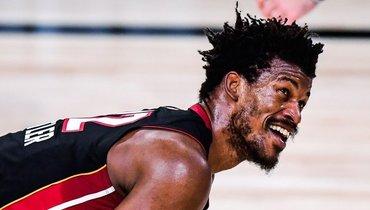 «Майами» обыграл «Лейкерс» исократил отставание вфинальной серии НБА