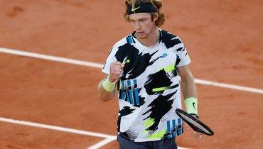 Рублев вышел вчетвертьфинал Roland Garros