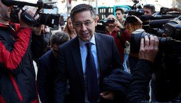 «Барселона» обратилась вполицию, заявив офальсификации подписей против Бартомеу