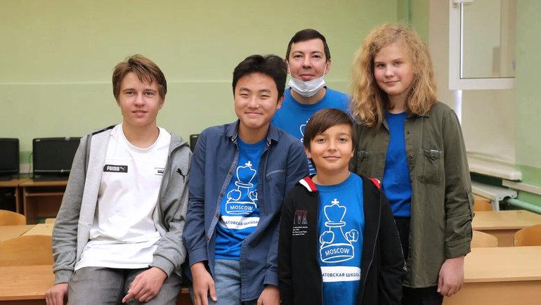 Команда Курчатовской школы выиграла финал всероссийских соревнований «Белая Ладья». Фото Этери Кублашвили