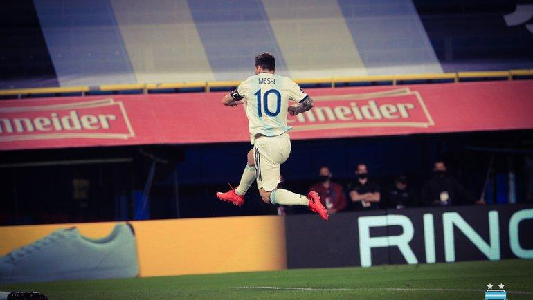 9октября. Аргентина— Эквадор— 1:0. Лионель Месси празднует гол. Фото Twitter