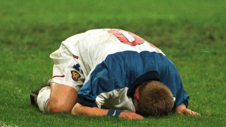 9 октября 1999 года. Москва. Россия — Украина — 1:1. Александр Панов после матча. Фото Дмитрий Солнцев, -