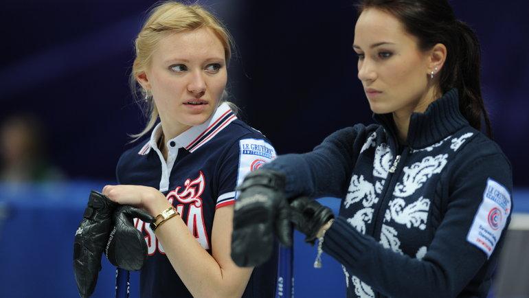 2011 год. Людмила Прививкова (слева) иАнна Сидорова. Фото Никита Успенский