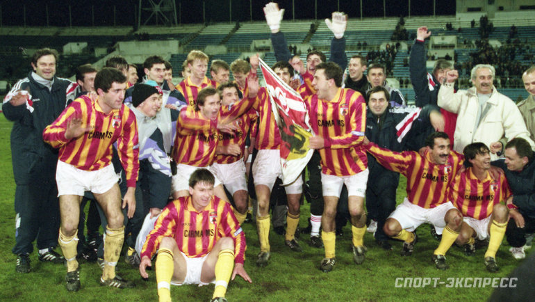 Футболисты «Алании» празднуют чемпионство. Фото Александр Федоров, «СЭ»