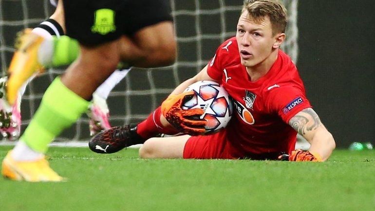 Матвей Сафонов. Фото УЕФА