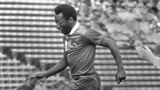 1976 год. Пеле— футболист «Нью-Йорк Космос». Фото Reuters