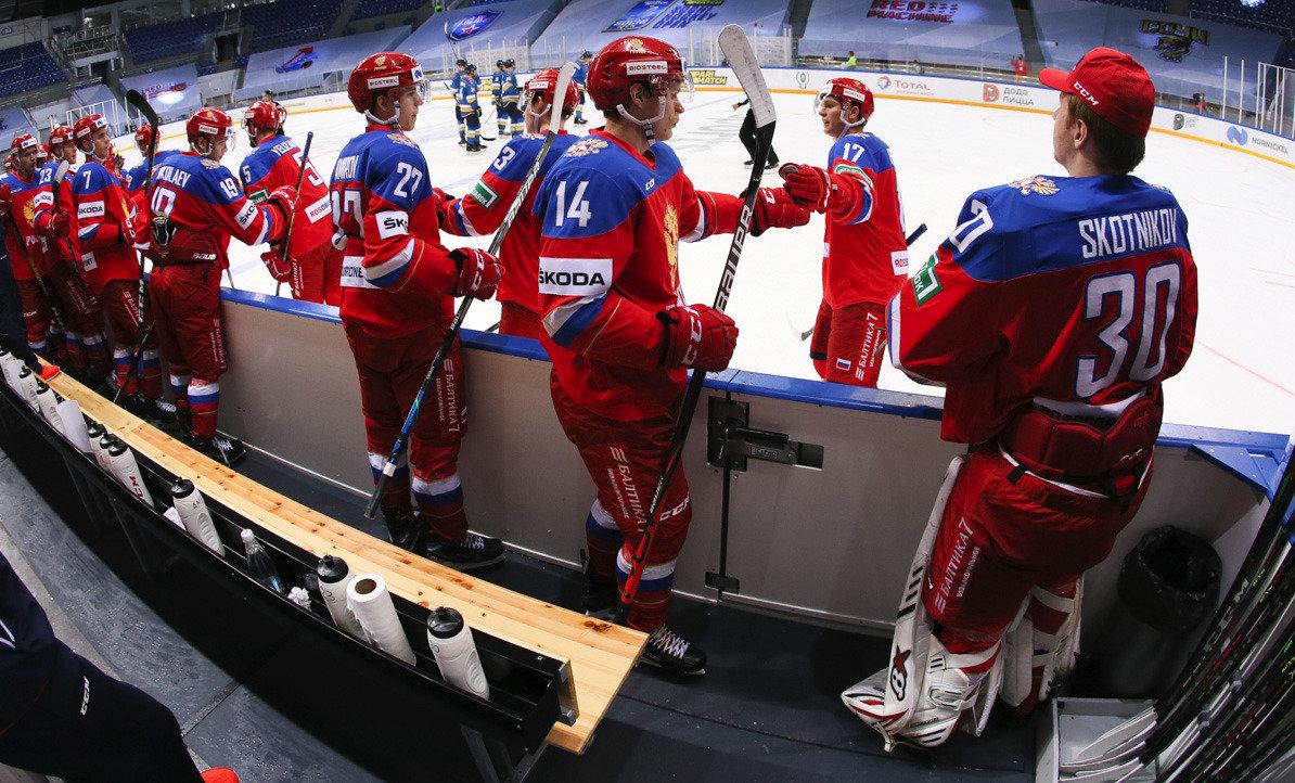 Ковид помешал России собрать взрослых игроков. Почему состав национальной сборной оказался настолько молод?