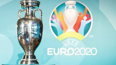 Трофей чемпионата Европы.