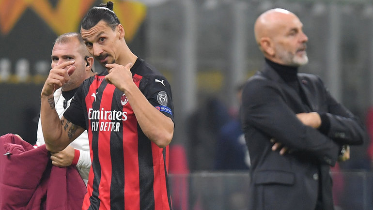 «Милан»— «Лилль»— 0:3. 62-я минута. Главный тренер хозяев Стефано Пиоли (справа) заменил Зланата Ибрагимовича. Фото Reuters