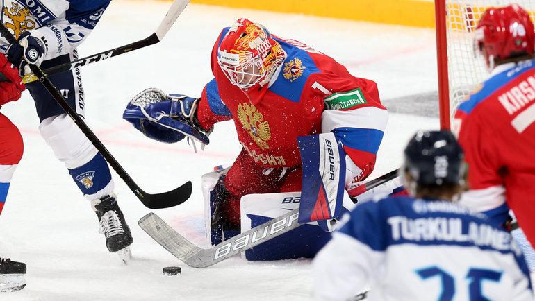 Голкипер сборной России Ярослав Аскаров. Фото ФХР