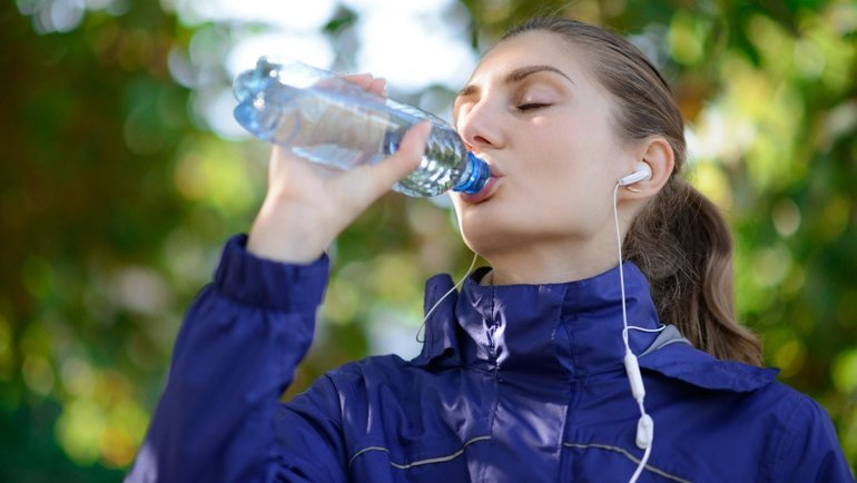 Вредноли пить минеральную воду каждый день?