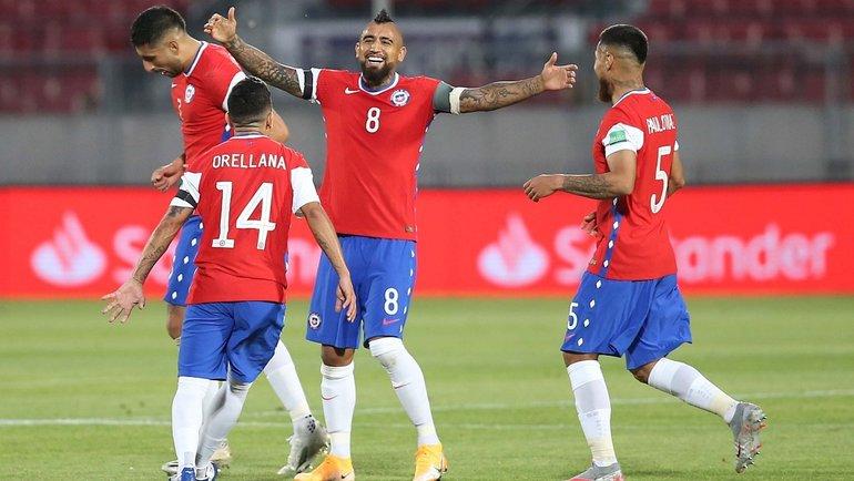 14ноября. Чили— Перу— 2:0. Артуро Видаль празднует гол. Фото Twitter
