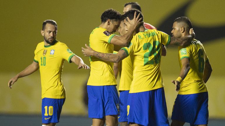 14ноября. Бразилия— Венесуэла— 1:0. Бразильцы празднуют гол. Фото Twitter