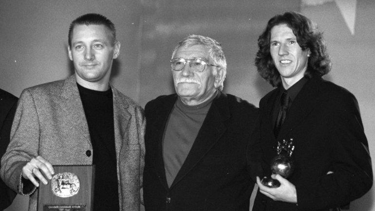 """Андрей Тихонов (слева), Армен Джигарханян (вцентре) иАлексей Смертин. Фото Александр Федоров, """"СЭ"""""""