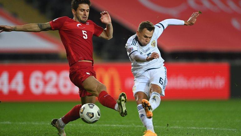 15ноября. Стамбул. Турция— Россия— 3:2. Россия несмогла победить впятом матче подряд. Фото AFP