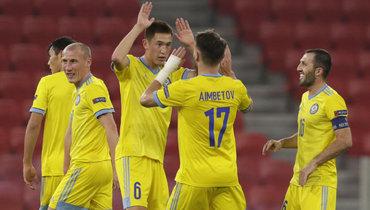 Сборная Казахстана забила сосвоей половины поля вЛиге наций