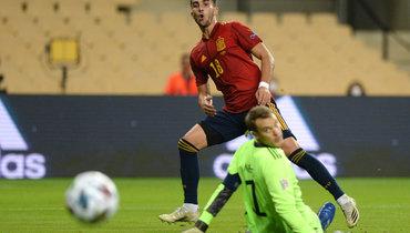 17ноября. Севилья. Испания— Германия— 6:0. Мануэль Нойер впервые вкарьере пропустил шесть голов заодин матч.