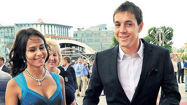 Артем Дзюба с женой Кристиной. Фото Instagram