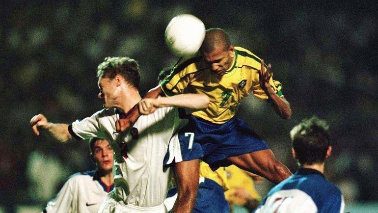 18 ноября 1998 года. Форталезе. Бразилия - Россия - 5:1. Фото Reuters