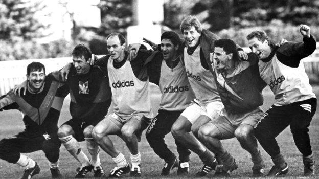 1993 год. Андрей Иванов (второй слева) всборной России. Фото Дмитрий Солнцев