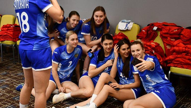 Женская сборная России погандболу. Фото ФГР